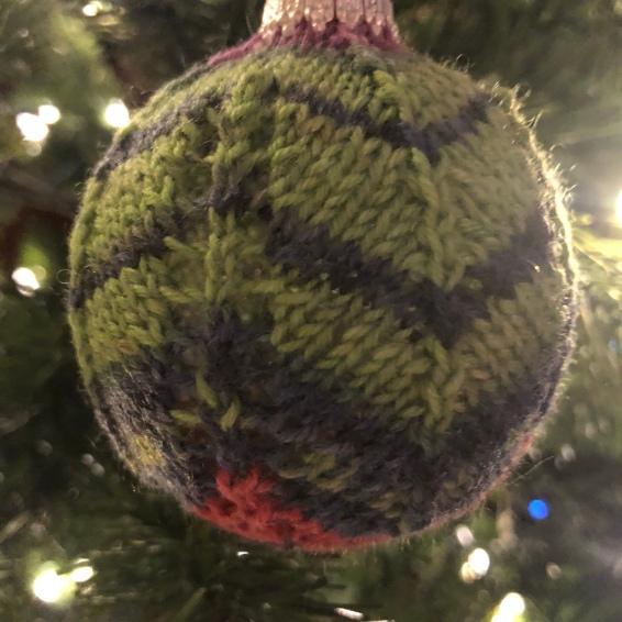 knit Christmas ornament chevron sock yarn