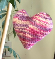 pink knit heart