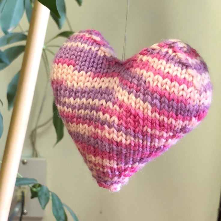 pink knit heart