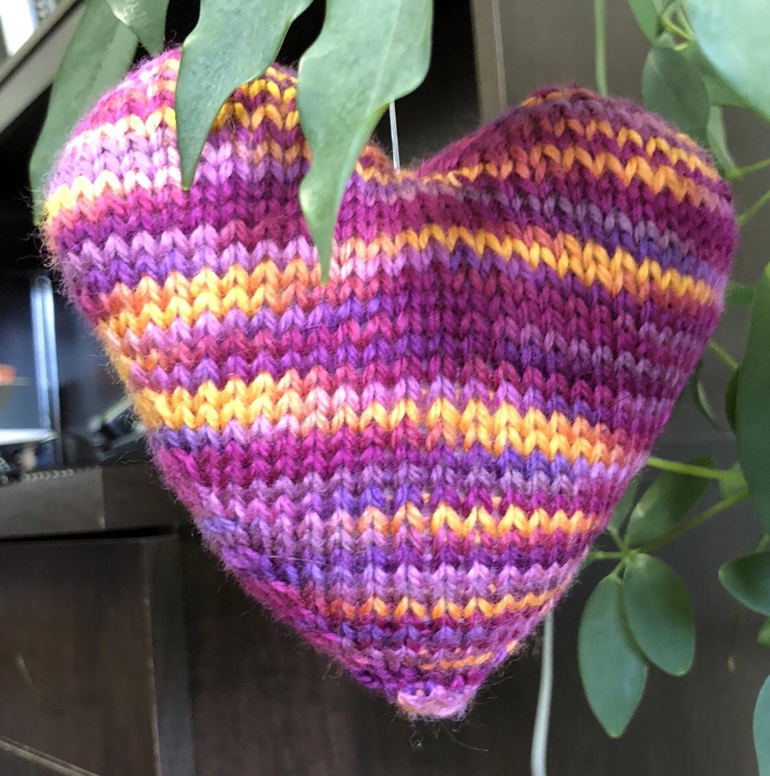 Purple knit heart